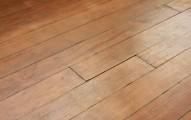 Holzboden für das Badezimmer