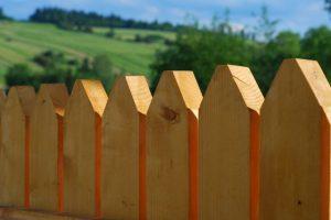 Beispiel für Holzzaun
